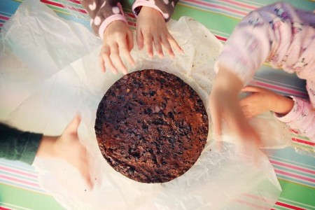 cake-handsweb.jpg