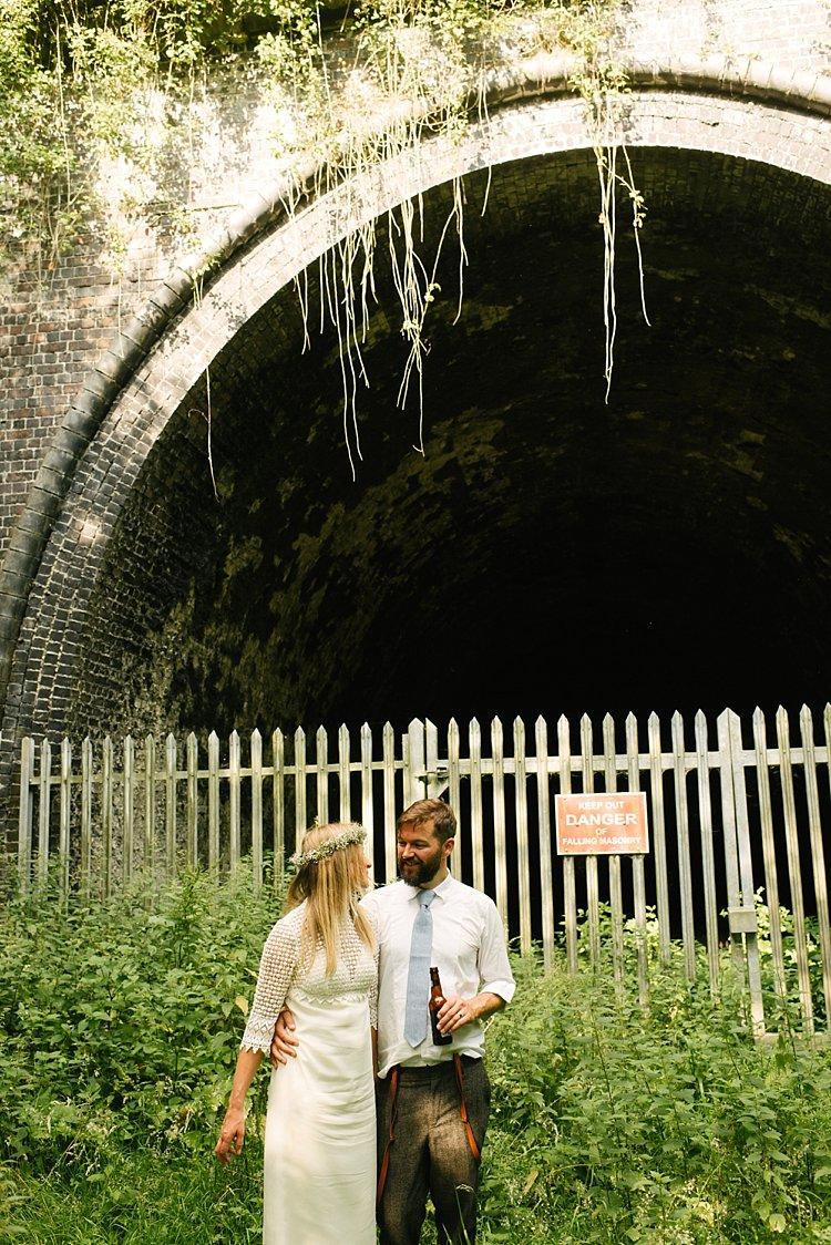 London wedding photographer farm bohemian marquee boho peterborough lincolnshire groovy farm foods chris elly 0033
