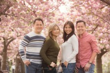 greenwich-park-cherry-blossom-family-photoshoot-lily-sawyer-photo