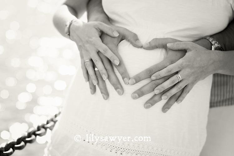 Hands bw blog