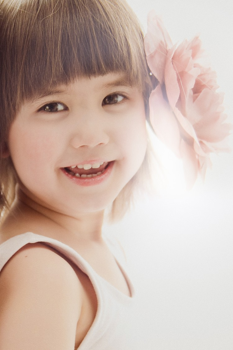 little girl beautiful portrait london photo