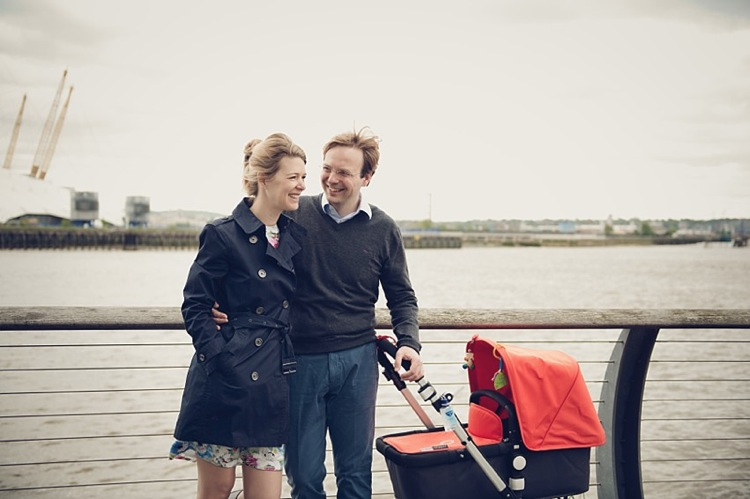 canary wharf baby family photoshoot london photo.jpg