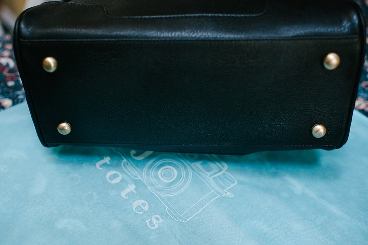 jo-totes-bag-review-abby-black-ladies-camera-bag-london-photographer-lily-sawyer-photo.jpg