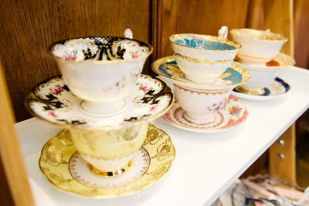 london-wedding-photographer-vintage-flair-china-crockery-hire-wedding-eventscatering-lily-sawyer-photo_0018.jpg