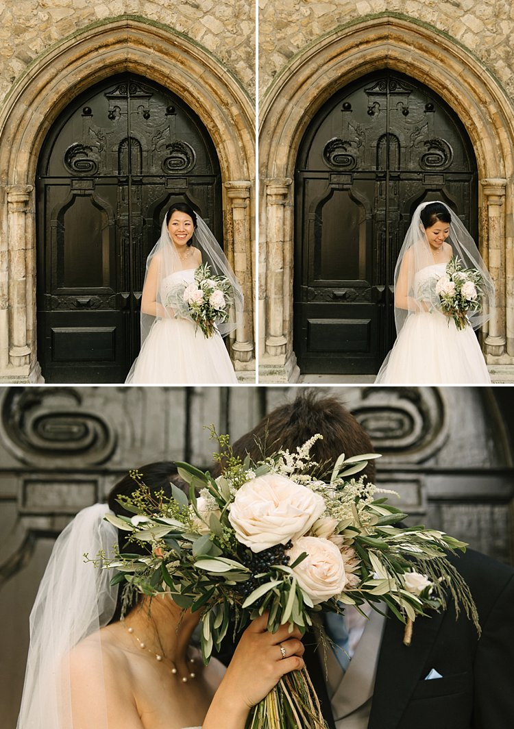 Style me pretty wedding london lina oliver elizabethan boat lily sawyer photo 0041