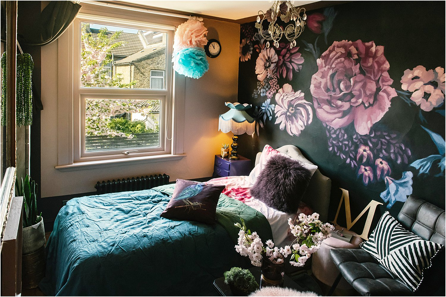 dark-floral-bedroom-eclectic-maximalist-hand-painted-mural-interior-design