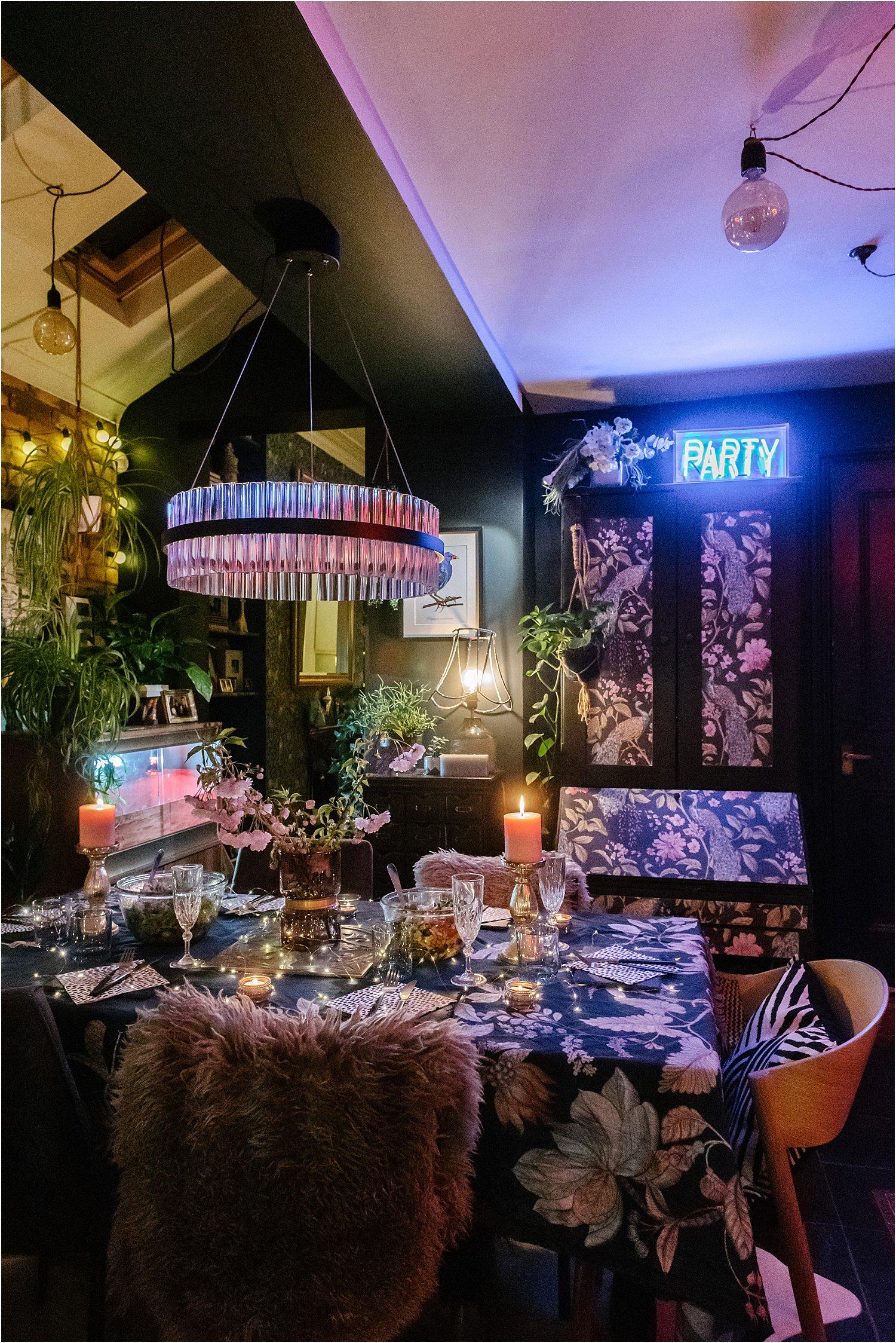 dark-maximalist-eclectic-neon-lighting-indoor-evening-lily-sawyer-photos