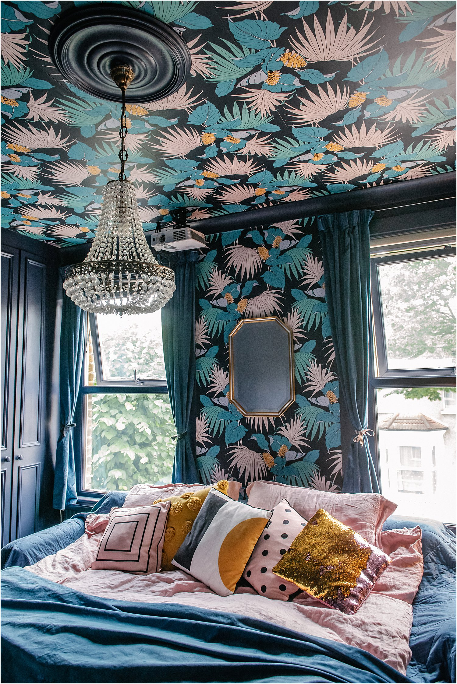 -dark-eclectic-maximalist-interiors-lily-sawyer-layered-home